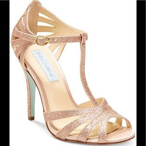 Blue by Betsy Johnson Sparkle Gold Heels Size 6.5